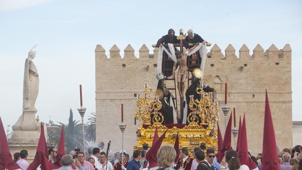 Cristo del Descendimiento, por el puente Romano