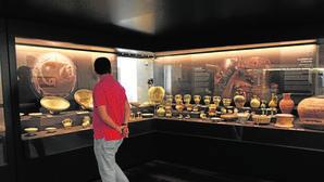 Una de las salas del nuevo Museo de Málaga en la antigua Aduana