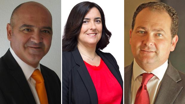 De izquierda a derecha, Francisco Martín («Sí se puede Aljaraque»), la actual alcaldesa, Yolanda Rubio (PSOE) y el futuro alcalde del PP, David Toscano