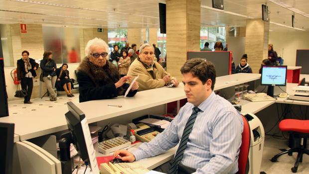 cajasur ampl a su capital social en 300 millones de euros