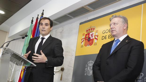Nieto se re ne con los padres de francisco molina el for Ministerio del interior cordoba