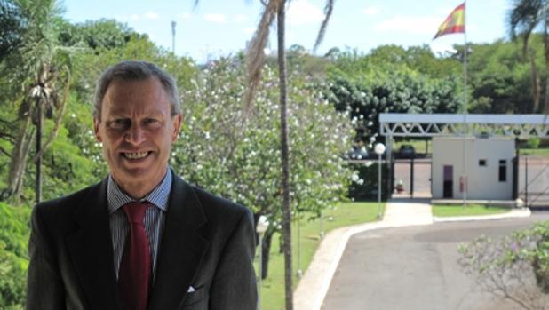 Manuel de la Cámara Hermoso, en la embaja de Brasil