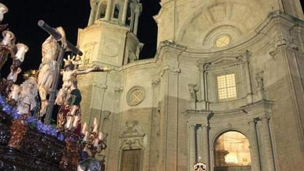 El obispado castiga al Perdón dos años sin salir