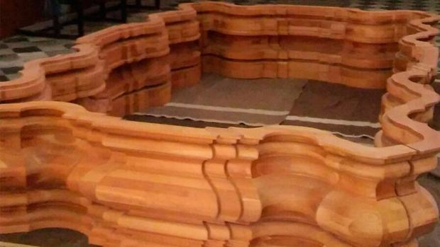 Maderas del canasto antiguo que ha vendido la cofradía
