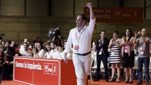 Gómez de Celis en el 39 Congreso Federal del PSOE