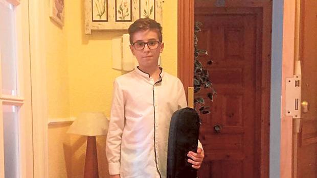 Miguel no puede continuar sus estudios de guitarra en el conservatorio de Motril