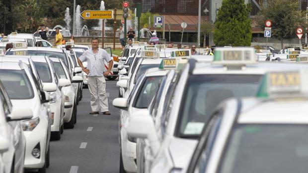 Taxis en una manifestación en Córdoba
