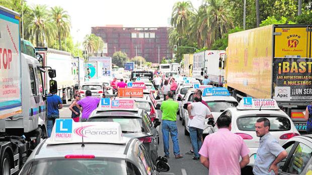 Protestas de autoescuelas en Córdoba durante el mes de julio