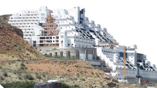 Hotel del Algarrobico en Carboneras, Almería