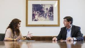 La consejera de Hacienda, María Jesús Montero y Juan Marín, líder de Ciudadanos
