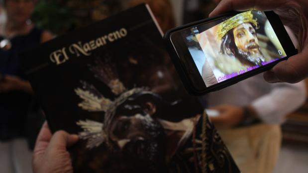 La portada, con la aplicación de realidad aumentada