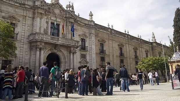 Las universidades públicas andaluzas ofertan 9.300 plazas de grados para este septiembre