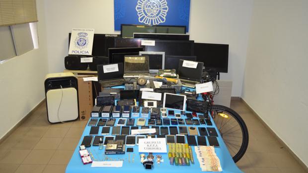 Objetos recuperados en la última operación policial