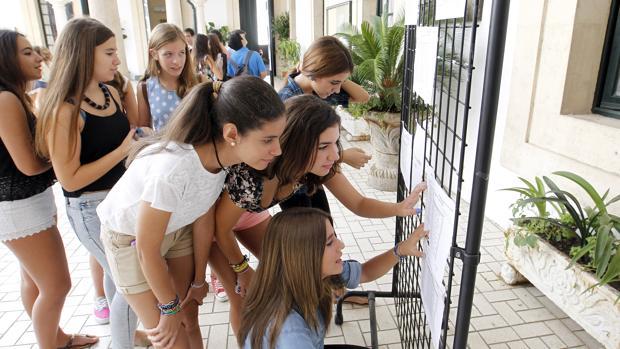 Alumnas en un instituto de Córdoba