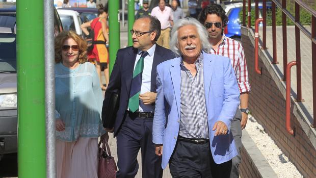 Rafael Gómez de camino a los juzgados de Córdoba