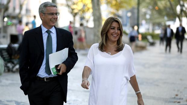 Susana Díaz acompañada por Juan Carlos Blanco en Lisboa