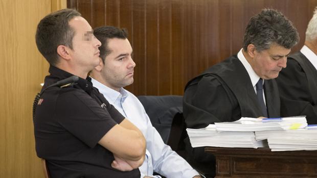 El único acusado por el doble crimen de Almonte, en una de las sesiones del juicio