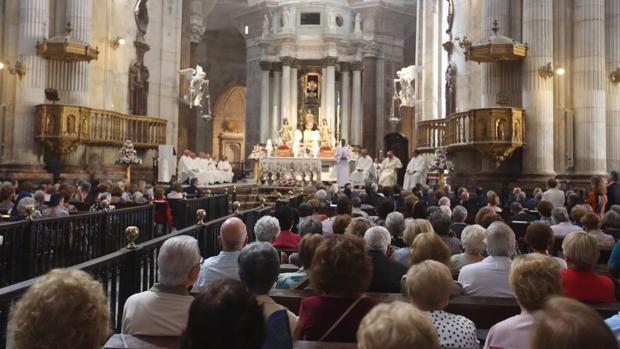 Función del voto de la ciudad a la Patrona esta mañana en la Catedral