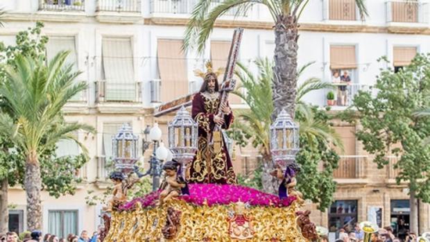 La cofradía del Nazareno también está presente en Granada