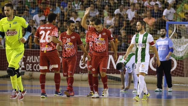 Andresito celebra su gol