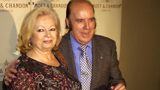 Chiquito de la Calzada se encuentra muy triste desde que murió su mujer, Josefa