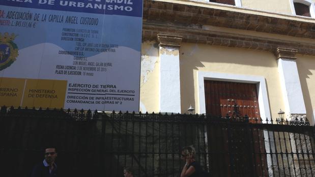 La Real Castrense está en la actualidad cerrada y apuntalada
