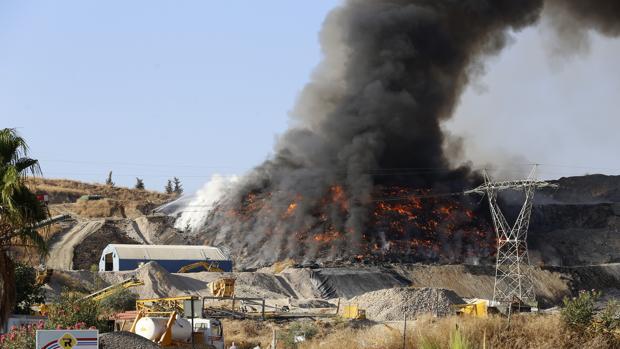 Incendio en la planta de Recicor XXI en Córdoba
