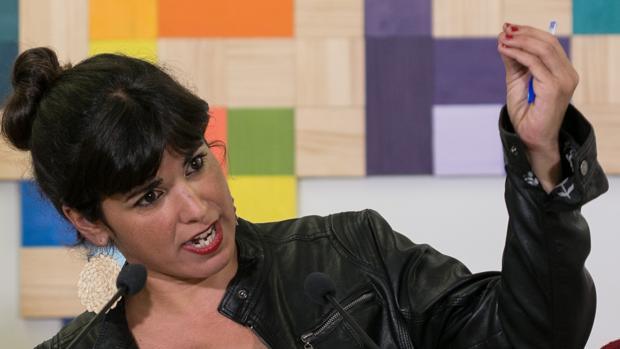 Teresa Rodríguez ha conseguido procesar al empresario que le gastó la «broma» del beso
