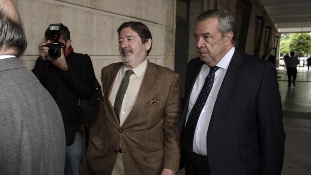 Francisco Javier Guerrero, ex director general de Trabajo, en los juzgados sevillanos
