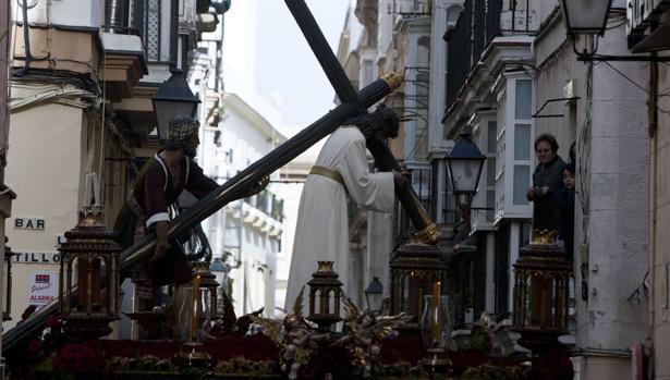 El Nazareno del Amor, por San Francisco y a la altura de Beato Diego