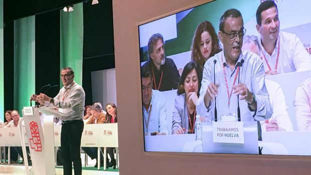 Iganacio Caraballo, presidente de la Diputación de Huelva, en un mitin del PSOE en Trigueros