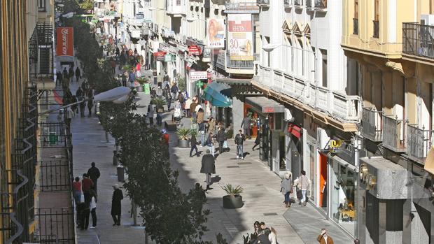 Calle Cruz Conde a la que la Comisión de Memoria Histórica quiere cambiar el nombre