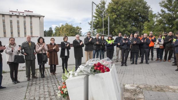 Homenaje a las dos policías locales que fueron asesinadas hace 21 años tras el atraco del Banco Santander