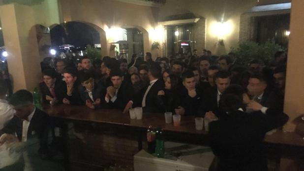 Asistentes al cotillón de La Rambla denunciado por Facua