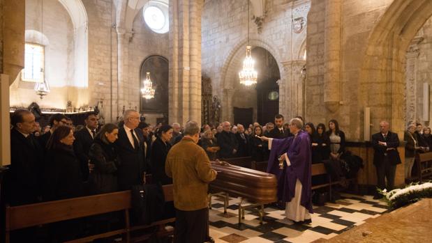 Funeral de José García Marín en la iglesia de San Nicolás