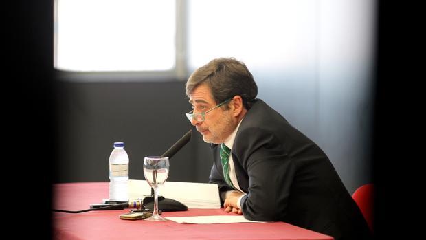 Carlos González durante uno de sus actos como presidente del Córdoba CF
