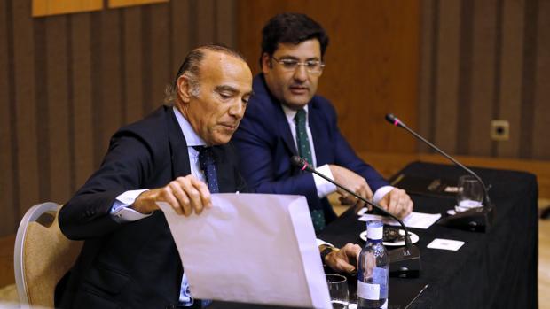 Jesús León y Luis Oliver, en la rueda de prensa del miércoles