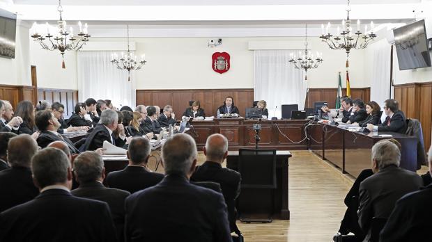 Sala de la Audiencia de Sevilla donde se ha reanudado el juicio de la pieza política de los ERE