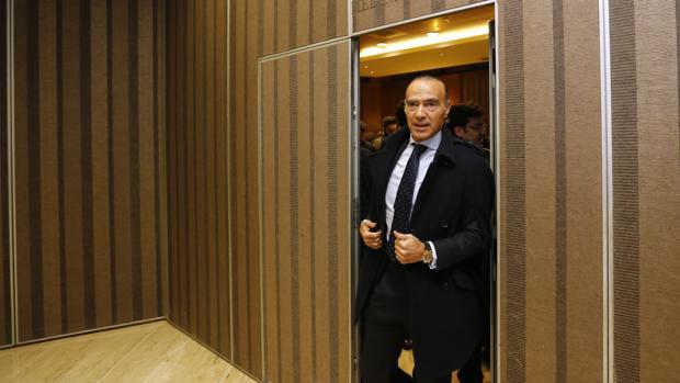 Luis Oliver, a la salida de la rueda de prensa del pasado miércoles