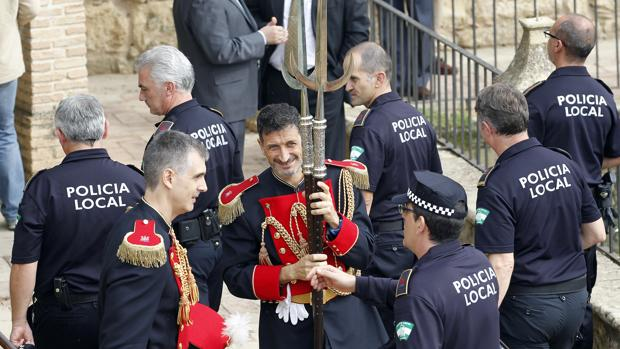 Agentes de la Policía Local en un acto del día de San Rafael