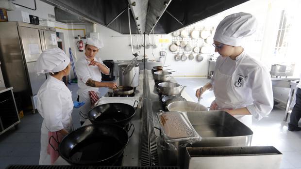 Módulo de cocina en un centro de Formación Profesional de Córdoba