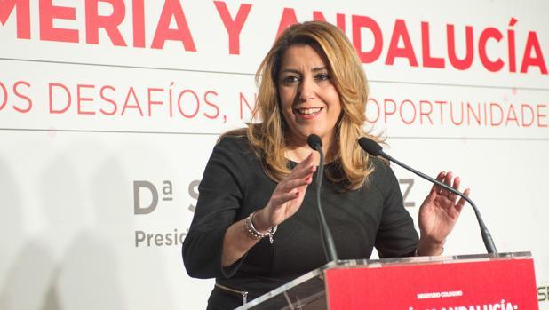 Susana Díaz durante su visita de este lunes a Almería