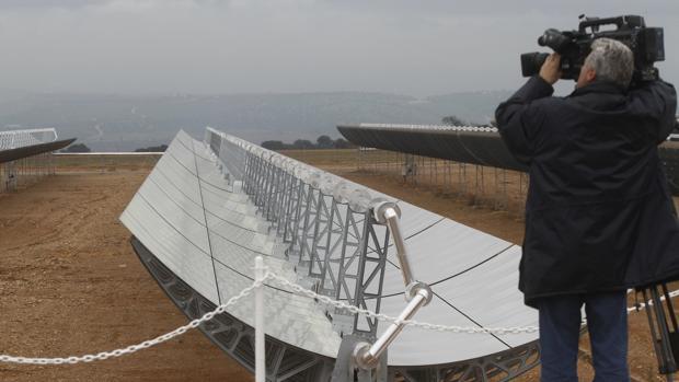 Instalaciones de una central solar de Magtel en Córdoba