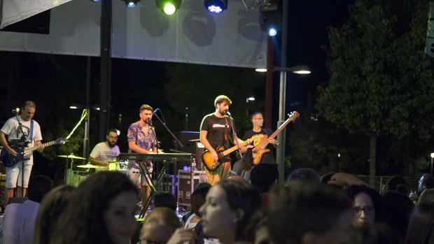 Espectáculo musical en la pasada edición de la Feria del Valle de Lucena
