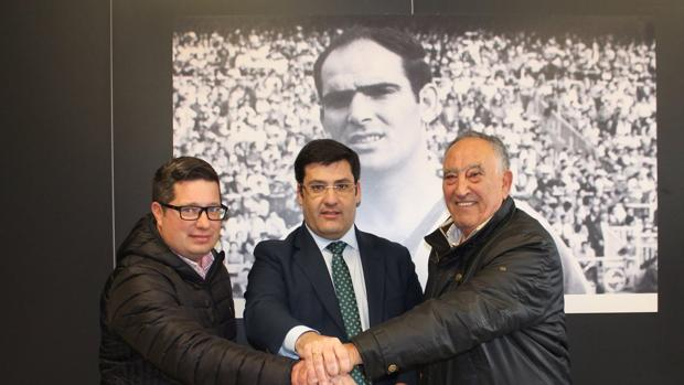 León, con Diego Moreno y Jorge Hernández