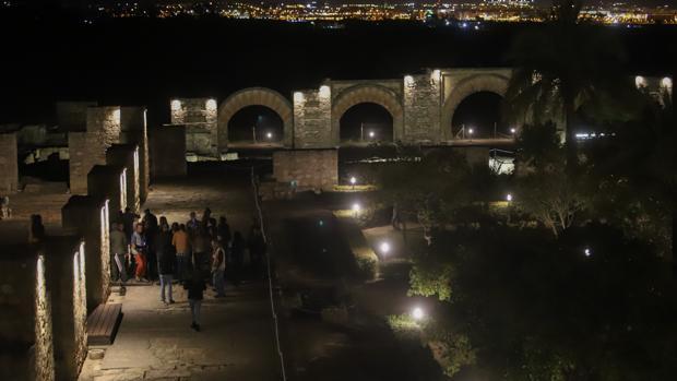 Visitas nocturnas a Medina Azahara