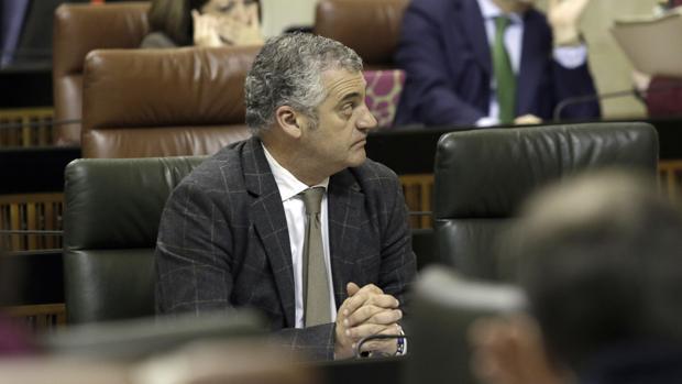 Javier Carnero, consejero de Empleo, Empresa y Comercio