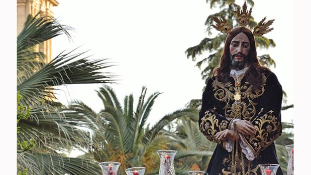 Una de las fotografías, que muestra a Jesús de la Humildad y Prisión