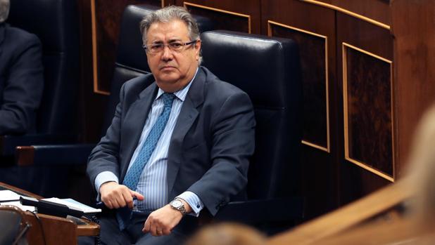 Zoido, en la sesión de control del Gobierno este miércoles en el Congreso de los Diputados