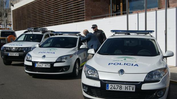 Coches de la Policía Local de Vícar